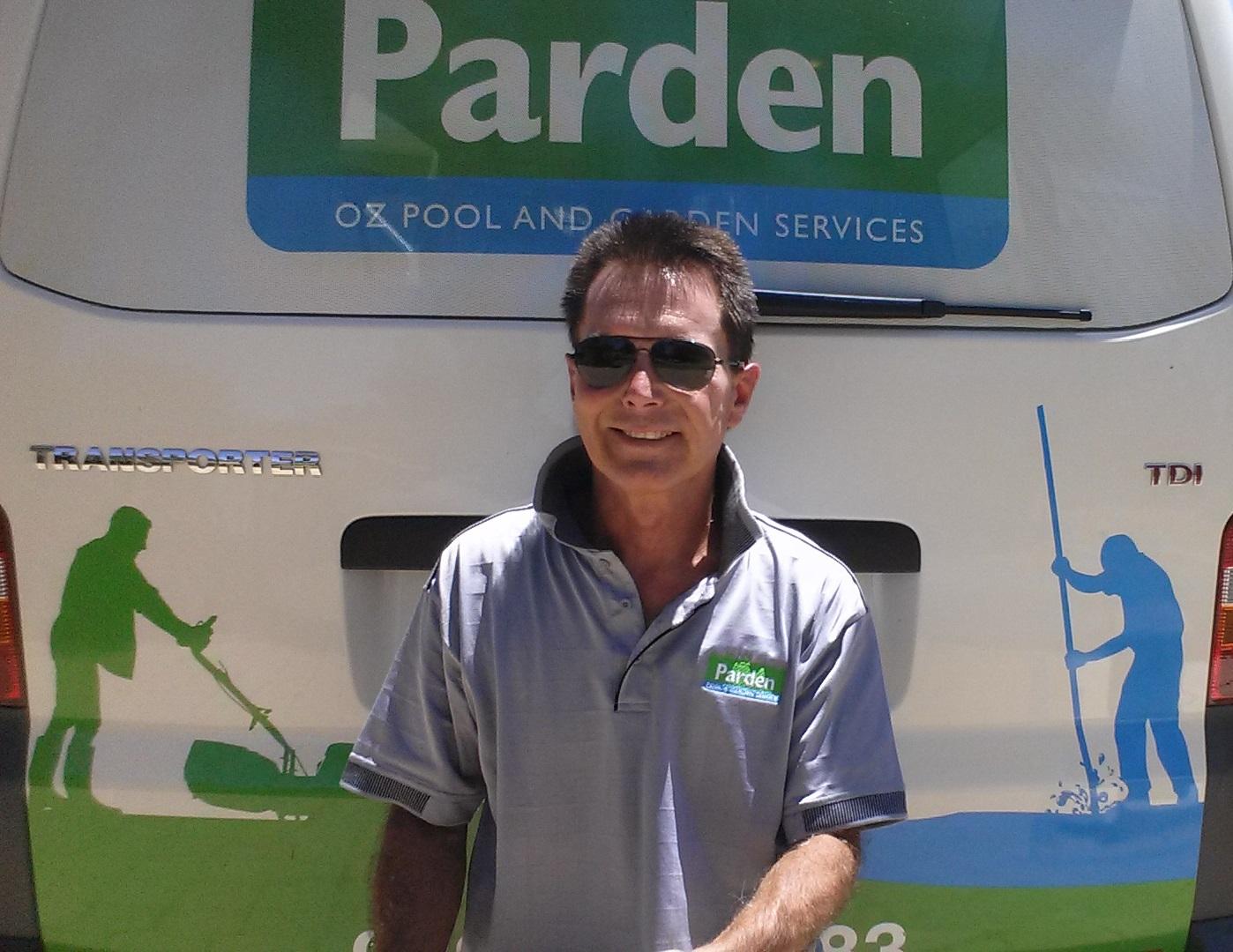 Ricky Twentyman Profile Picture - Van Background2